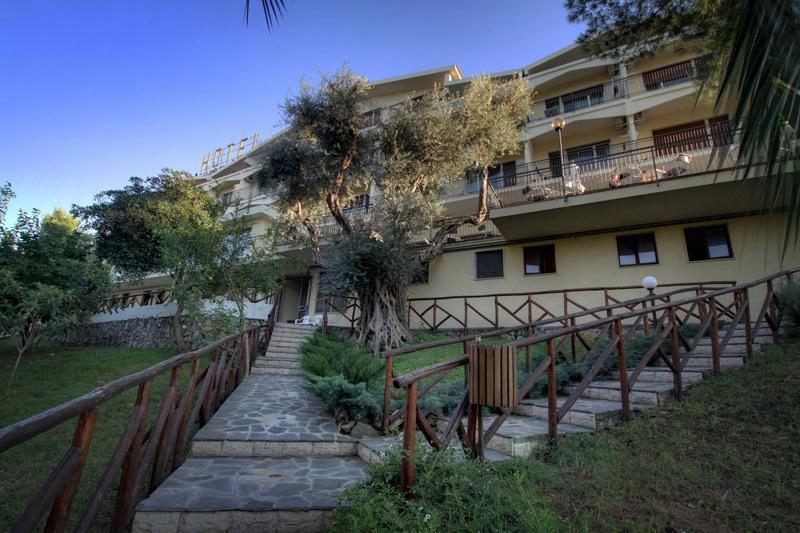 Hotel Club Guardacosta 7 Notti Pensione Completa Dal 24 Giugno