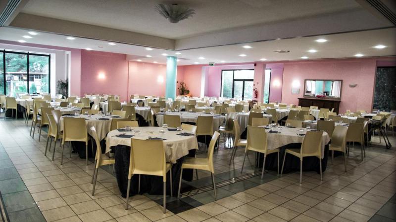 Villa Club Giardini D'Oriente Pensione Completa 7 Notti Dal 1 Luglio
