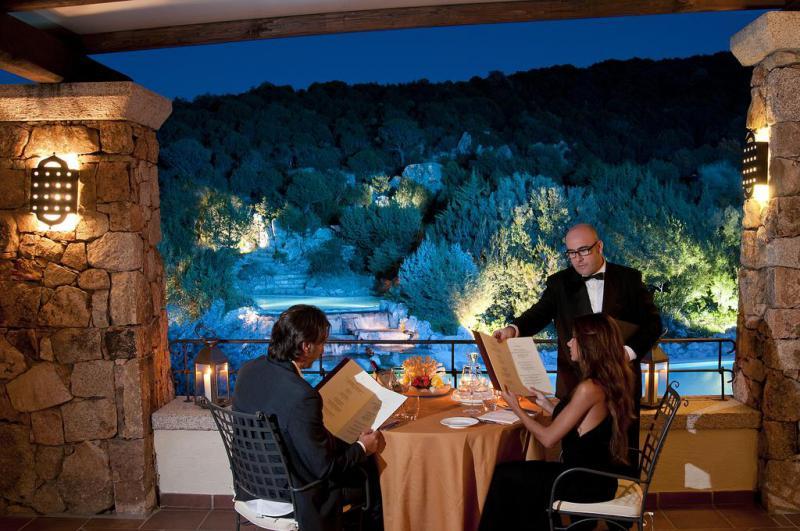 Colonna Pevero Hotel 4 Notti Camera Classic Partenze Maggio