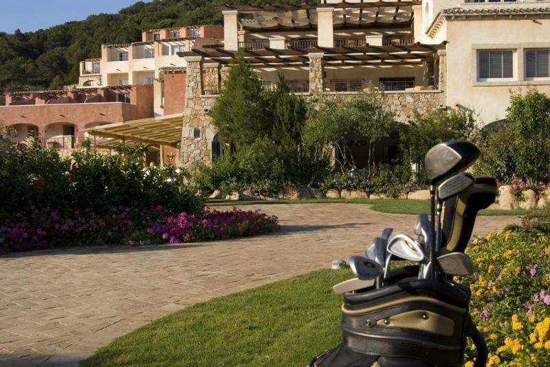 Colonna Pevero Hotel 4 Notti Camera Classic Partenze Luglio