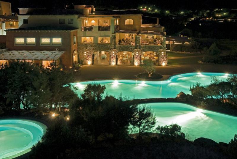 Colonna Pevero Hotel 4 Notti Camera Classic Partenze Agosto