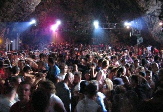 Vacanze di Pasqua alla Discoteca Ciclope