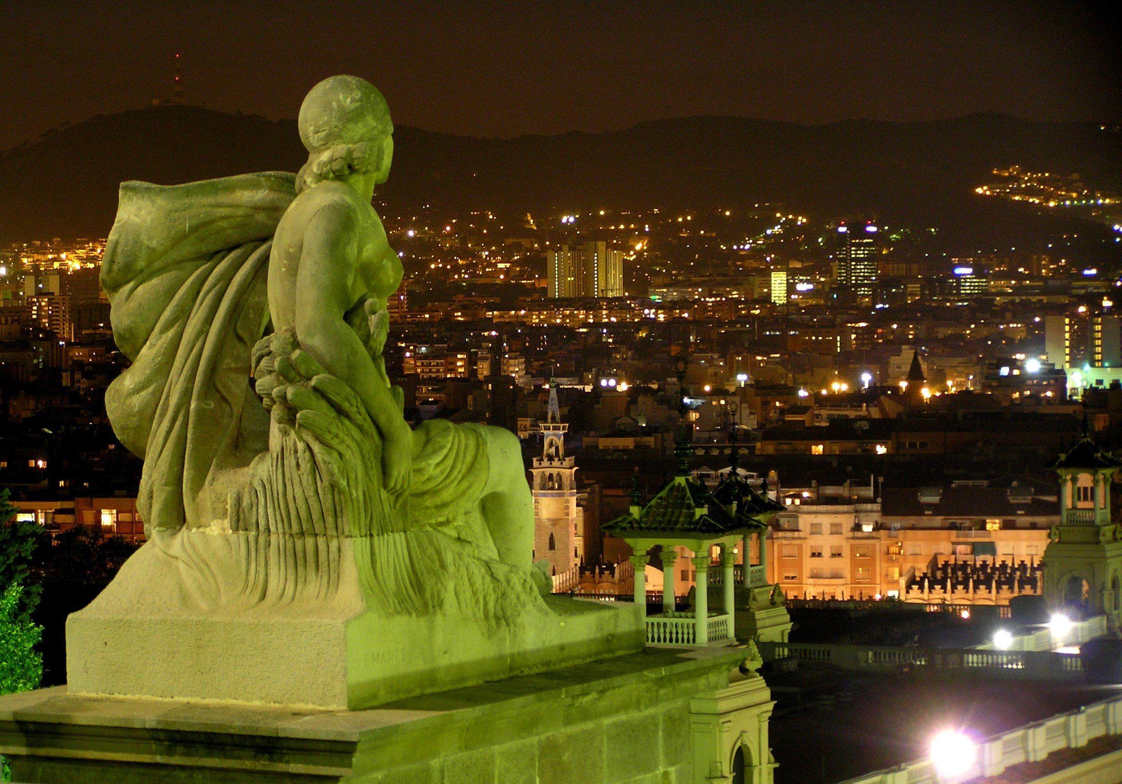 Ponte Liberazione a Barcellona - Husa Oriente***