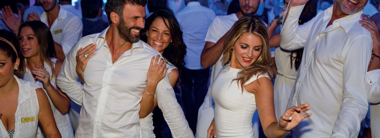 Partenza di Gruppo Crociera Costa Deliziosa 15 Aprile 7 Notti Cabina QPL Interna Classic