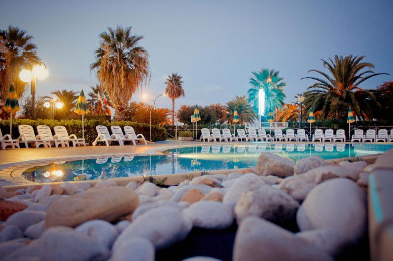 Capodanno a Residence Hotel Le Terrazze 3 Notti dal 30 Dicembre - Marche