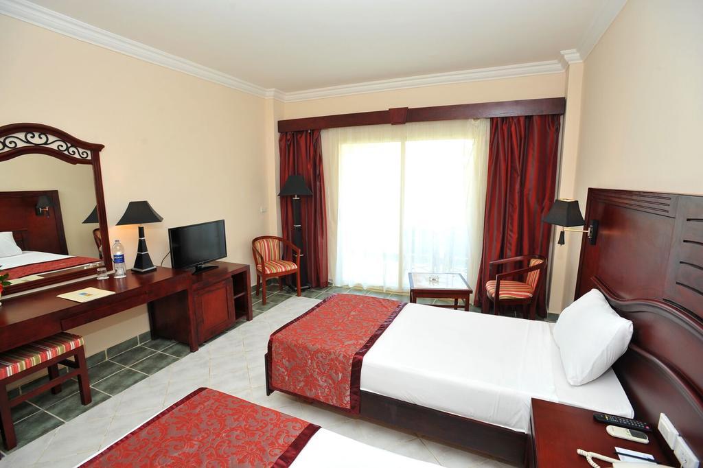 Marsa Alam Brayka Bay Reef Resort 7 Notti + Volo All Inclusive Partenze da 1 Gennaio