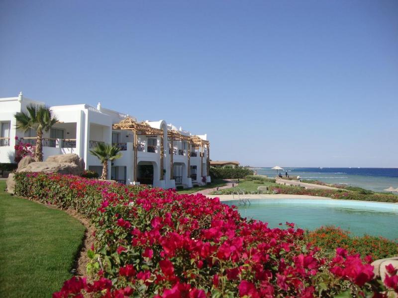 SHARM EL SHEIKH ALBATROS CYRENE GRAND HOTEL 7 NOTTI + VOLO ALL INCLUSIVE…