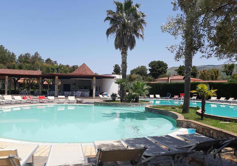 Estate 2021 Settimana a Villaggio Club Holiday Beach Pensione Completa