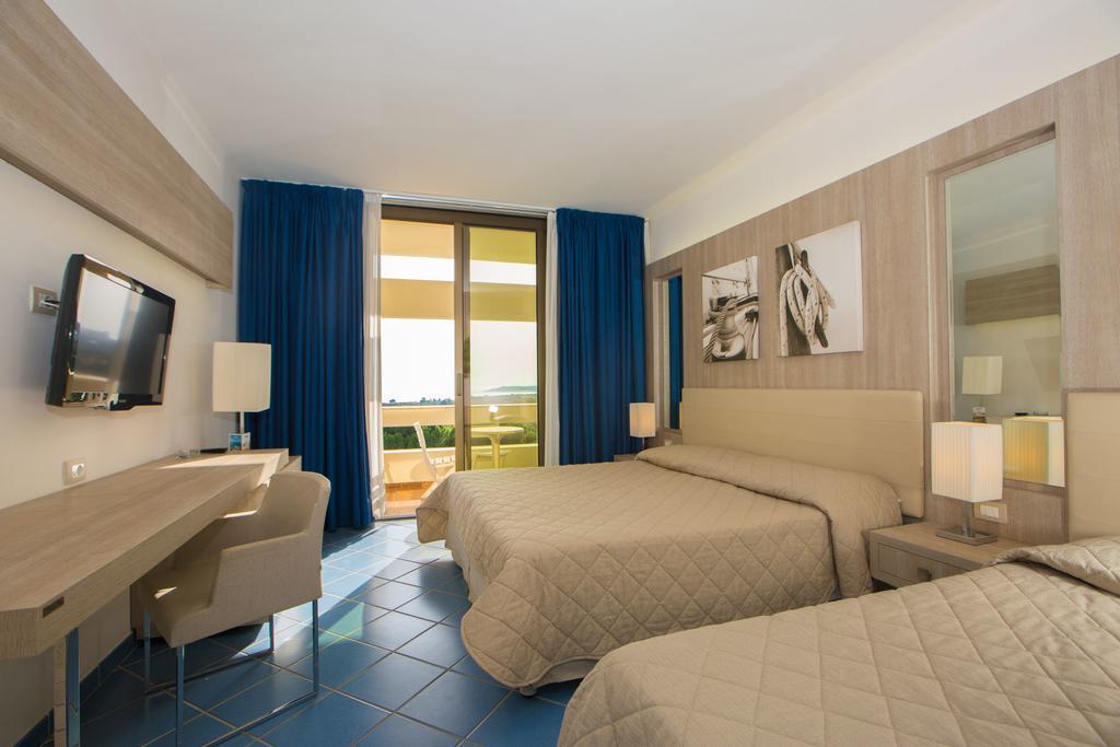 Hotel Club Lipari 7 Notti Pensione Completa