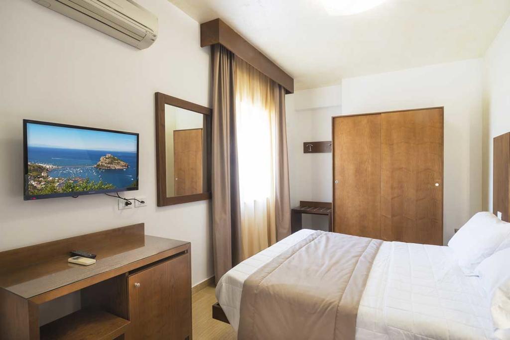 Settimana a Ischia Hotel Bristol Terme Pensione Completa