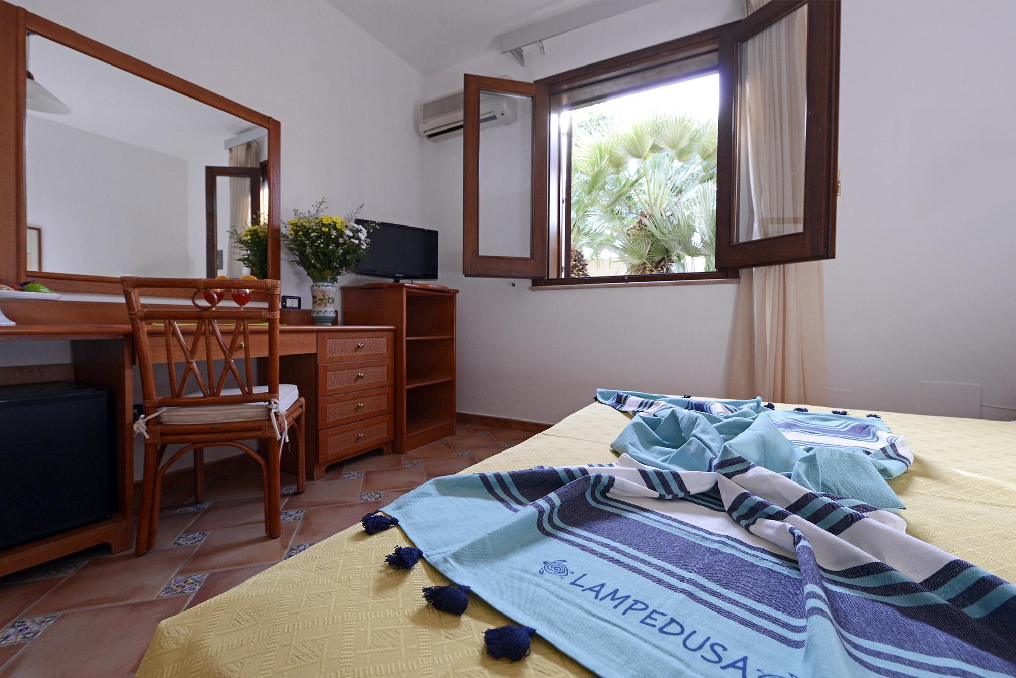 Settimana a Lampedusa con Volo da Napoli Oasis Residence