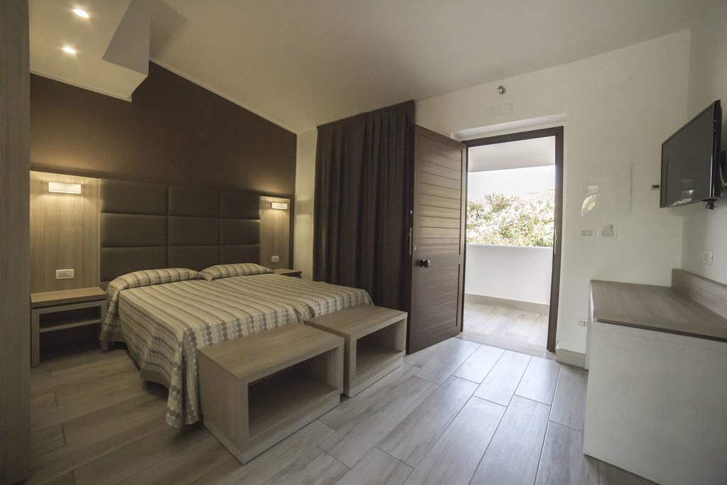 Settimana a Vascellero Club Resort Pensione Completa con Bonus Vacanze