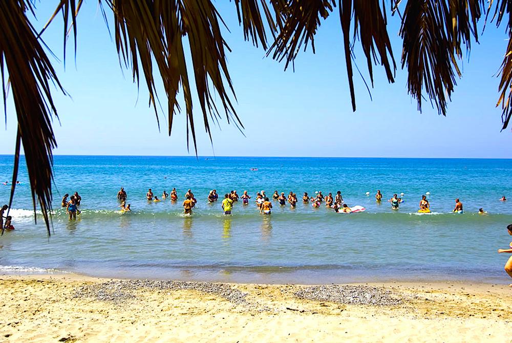 Settimana a Villaggio Turistico Le Palme Pensione Completa