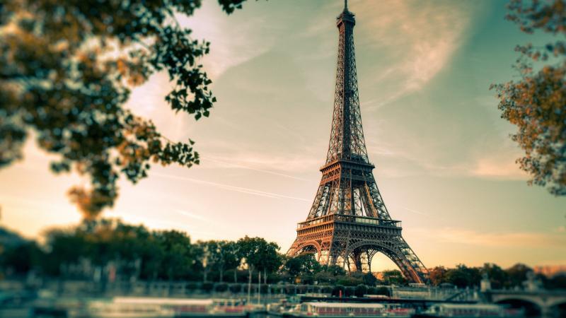 Inimitabile Parigi 3 notti partenza 30 Dicembre volo da Napoli - Europa