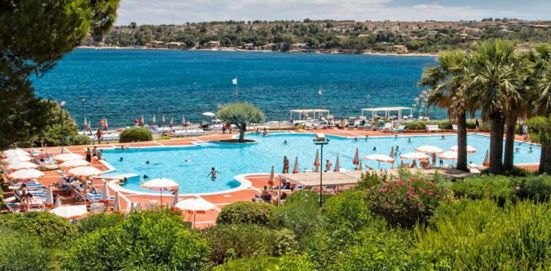 Brucoli Village 7 Notti Pensione Completa dal 3 Agosto - Sicilia