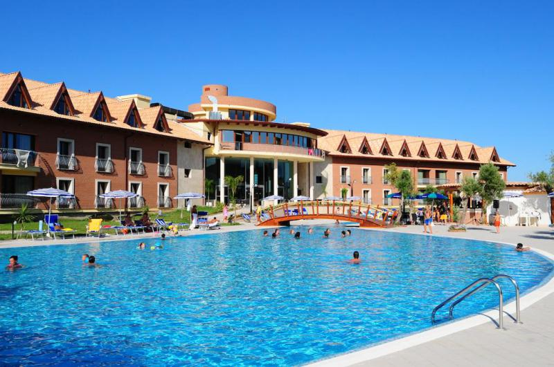 Corte dei Greci Resort  Spa Pensione Completa 7 Notti dal 23 Giugno - Hotel Zeus - Calabria