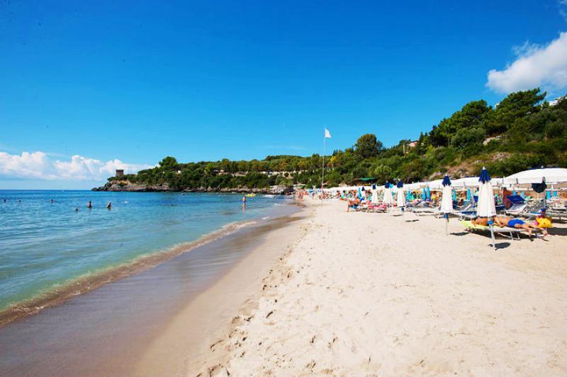 Futura Style Baia delle Sirene Settimana Speciale Pensione Completa 22 Luglio - Campania