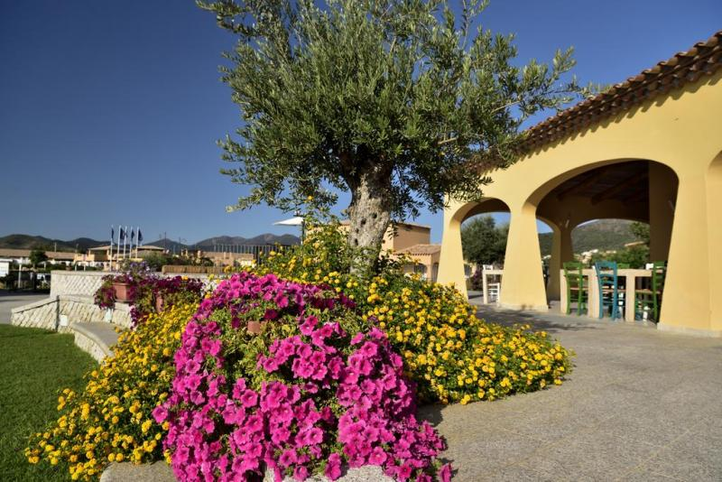 Janna e Sole All Inclusive dal 30 Giugno 7 Notti  Nave - Sardegna