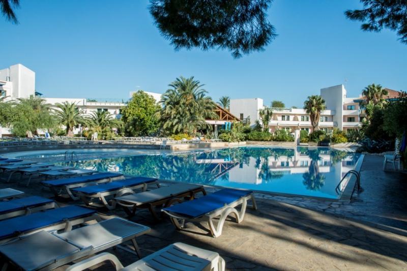 Villaggio Club Giardini Oriente 2 Notti dal 22 Maggio - Basilicata