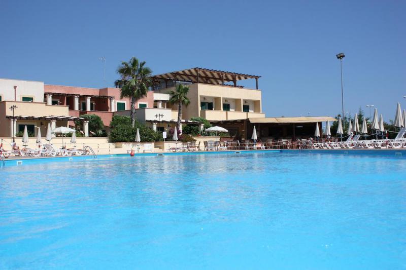 Hotel Resort Arco del Saracino 4 - Formula Residence - Puglia