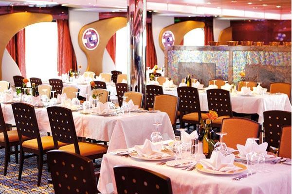 Partenza di Gruppo Costa Deliziosa Partenza 21 Ottobre da Bari 7 Notti Cabina QPL con Balcone