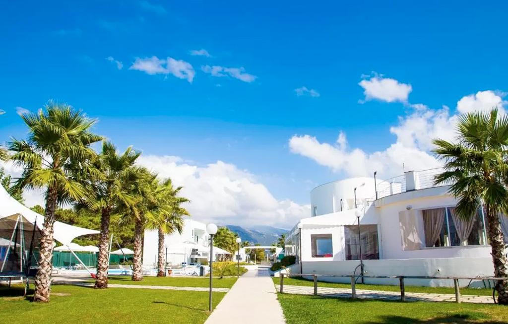 Ponte 2 Giugno in Campania Fruit Village Paestum Medea Beach Resort 4 Giorni