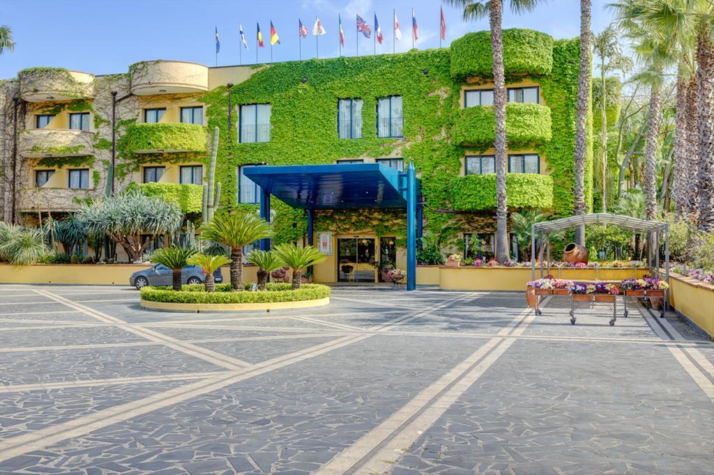 Speciale Ponte del 2 Giugno Hotel Caesar Palace 4 Notti dal 29 Maggio