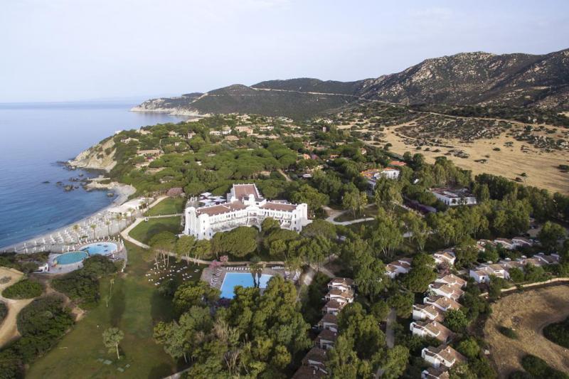 Falkensteiner Resort Capo Boi 4 Notti Junior Suite Vista Mare Laterale Partenze Agosto - Italia