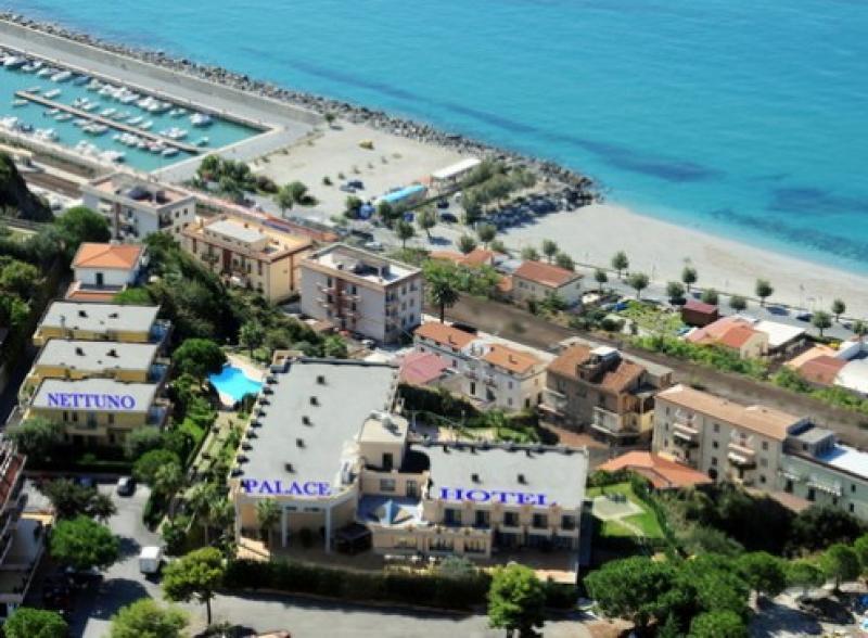 Nettuno Palace Hotel Camera QPL 7 Notti dal 2 Agosto - Calabria