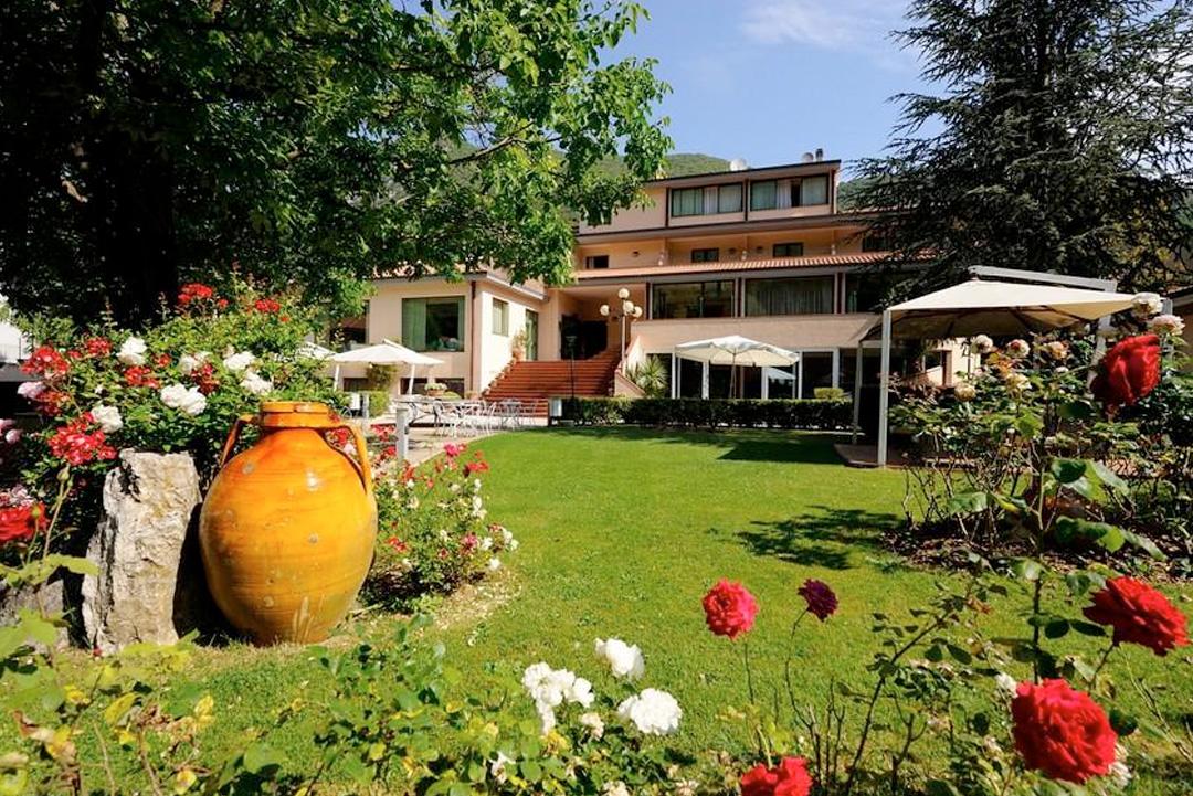 Guesia Village Hotel e Spa - Pacchetto 1 notte Wine Tour in Carrozza