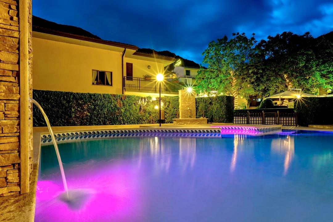 Guesia Village Hotel e Spa - Pacchetto 2 notti Autunno in Umbria