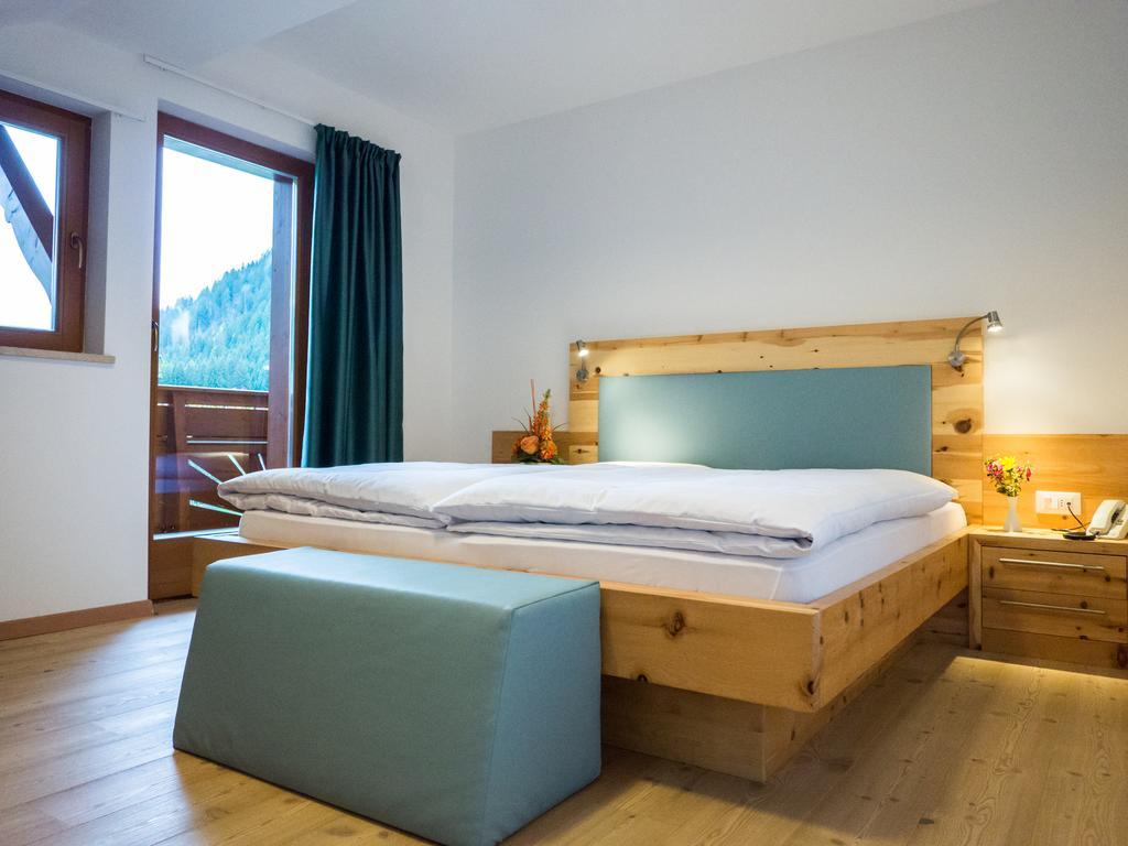 Hotel Feldrand Trattamento Mezza Pensione dal 01/12 al 25/12