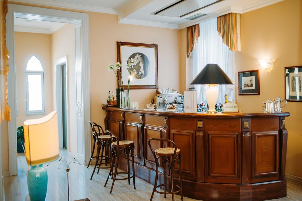 Capodanno a Hotel Villa Traiano dal 31 Dicembre in Camera Classic