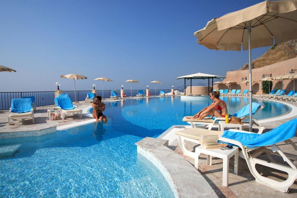Irresistibili 2019 Capo dei Greci Resort Hotel & SPA 7 Notti dal 25 Agosto