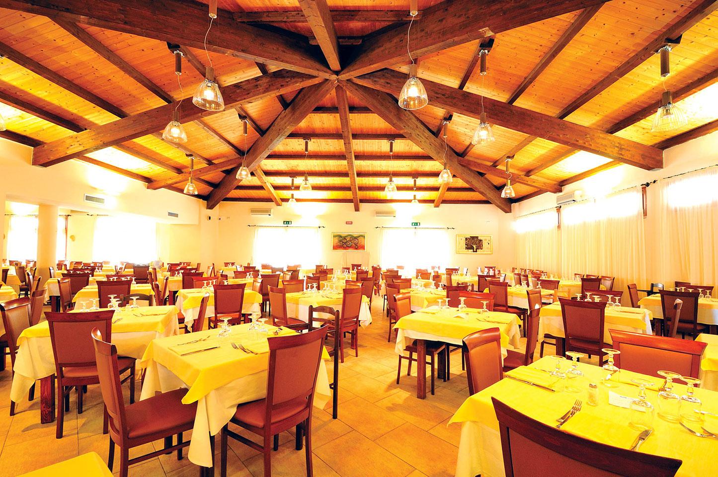 Irresistibili 2019 Club Hotel Eurovillage 7 Notti dal 12 Settembre