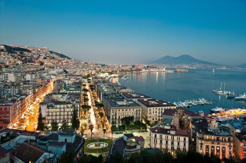 Weekend Art Napoli Periodo Novembre Hotel Napolitamo - Napoli